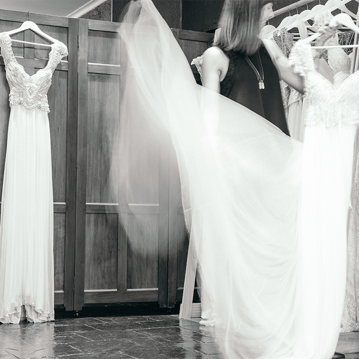 THE JOURNEY TO FINDING THE WEDDING DRESS OF YOUR DREAMS